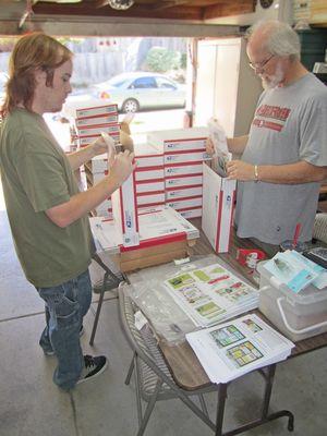 Packing printer tray kits