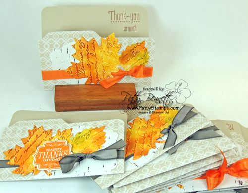 Thankful-tablescape-leaves-pretty-prints-cards